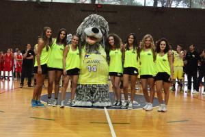 hoop+cheerleaders